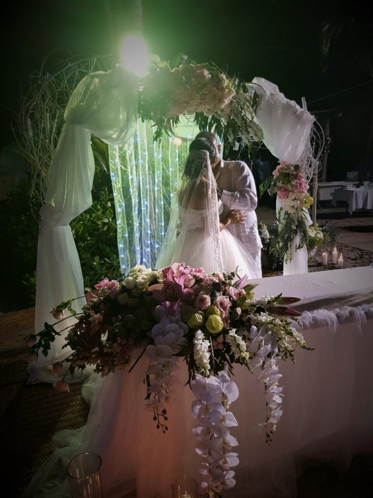 Arreglos Florales para Boda – Floreria Burelli